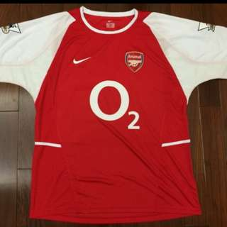Retro Arsenal 2002 home jersey