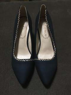 REPRICED-Black Heels