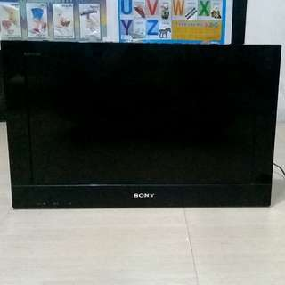 (NEGOTIABLE) Sony Bravia 22-inch LCD Colour TV
