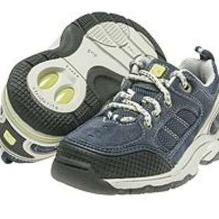 Stride Rite Shoes ( Size - US 9 / UK 8.5)  inner sole measures 15.5 cms