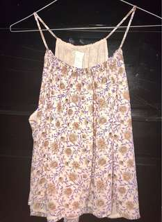 H&M flower top size 10