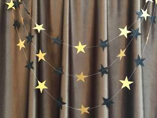 4m gold & black star garland