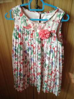 H&m Girls pleated floral dress