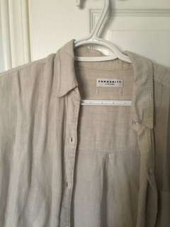 Aritzia community veritas button up