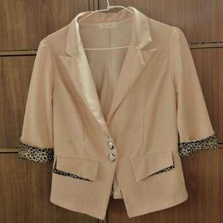 🚚 粉紅色小外套