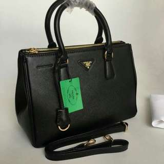 Prada Bag High Quality (Very Nice in Actual)