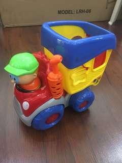 Play n' Learn Happy Dump Truck