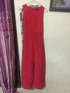 Londress party red