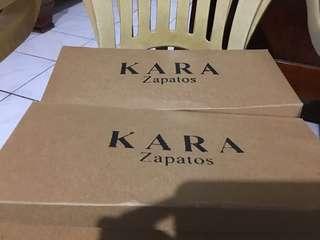 Brand new kara zapatos Black mule size 8 white sandals size 7