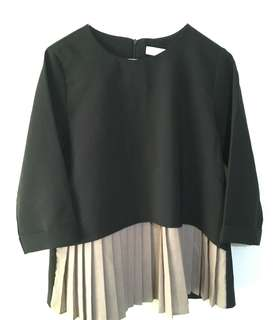 Charity Sale! Authentic Sil Black Pleated Modest Flowy Office Formal Dressy Top Shirt Women's Size Medium Made in Korea