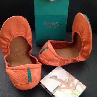 Authentic Tieks