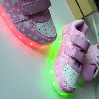Pink shoes (led)