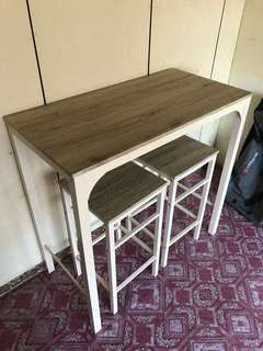 Island Table and stool
