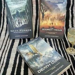MAZE RUNNER TRILOGY - Preloved Books - Bhs Indonesia - Beli 1 35Ribu - Beli 2 @30Ribu