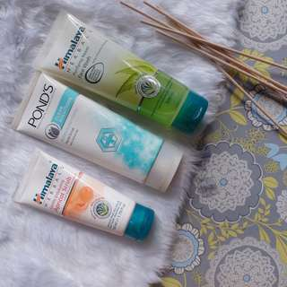 BUNDLE: HIMALAYA purifying need face wash + HIMALAYA apricot scrub + PONDS clean solutions bundle