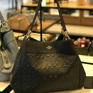 Lexy Shoulder Bag . Style no f25954