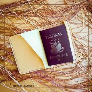 Meraki Passport Holder Mustard