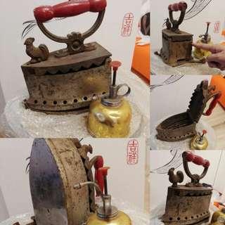 超過百年祖傳古董全鐵公雞燙斗連全銅噴水壺