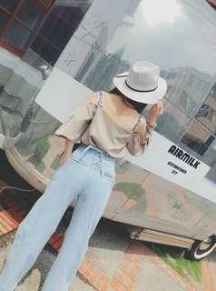 🚚 033021(S~L) 正韓設計款 名模超人氣部落客賣很貴的 後面綁帶 闊腿鬚邊牛仔褲, 很好穿
