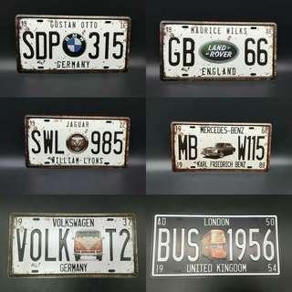 Vintage tin plates 15x31cm