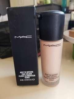 MAC next to nothing foundation