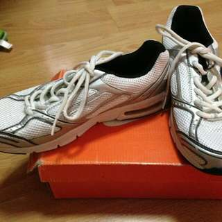 Lotto Rubbershoes For MEN