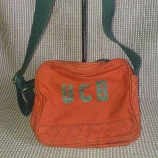 Original United colors of benetton sling bag