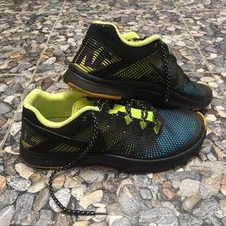 NIKE FREE RUN size 42.5 Running Shoes