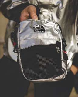 (COPPED) Supreme x The North Face Metallic Shoulder Bag