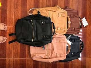 Ä N E L L O LEATHER BACKPACK RESELLERS ARE WELCOME ❤️❤️ ✔️offers lowest price ✔paperbag  ‼️authentic overrun quality‼️  ✈️we ship worldwide ✈️we ship nationwide  🌻open for resellers 🌻pm us for orders