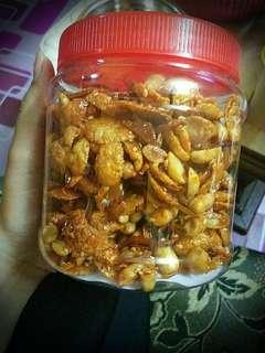 Kacang cornflakes ikan bilis
