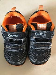 Toddler covered shoes (Oshkosh Taylor Boy)(UK7)