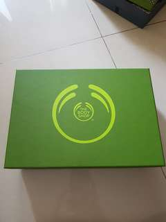Gift Box The Body Shop