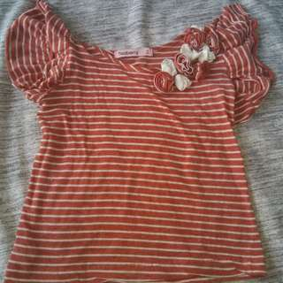 Teaberry Peach Top with Flower Design