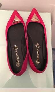 like new Vanilla Suite Red flats 紅色平底鞋返工出街鞋