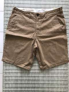 BN 💯% Authentic Abercrombie & Fitch shorts, size 32