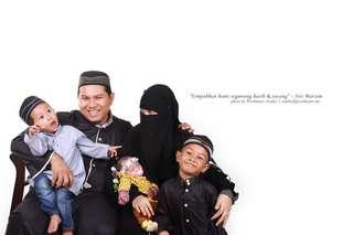 Potret Family Studio RM39.90 Sahaja