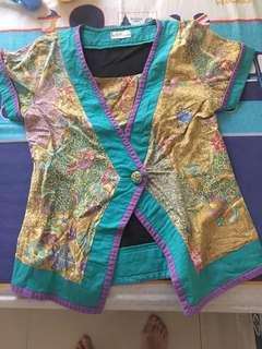Dea valencia lined kimono batik tops