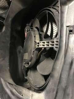 Porsche Radiator motor
