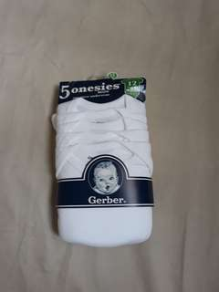 Gerber White Onesies Set of 5 (brand new)