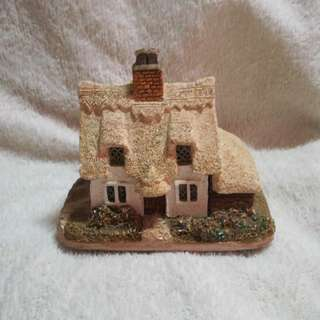 Vintage Handmade Ceramic Cottage