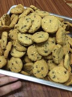 Biskut almond coklat chips (doorgift)