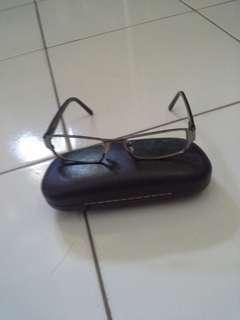 Kacamata merk reebok original
