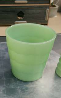 Fire King Anchor Hocking Jadeite, Lot of 1pc Vintage Flower Pot.