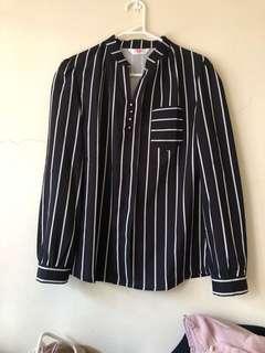 Black and white stripes shirt 12