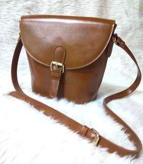 Alice Martha Saddle Crossbody Bag