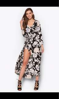 BNWT Love Zalora love maxi romper S Black Based floral