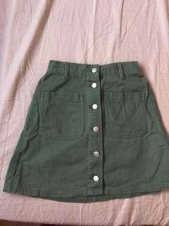 🚚 前排釦綠色牛仔短裙