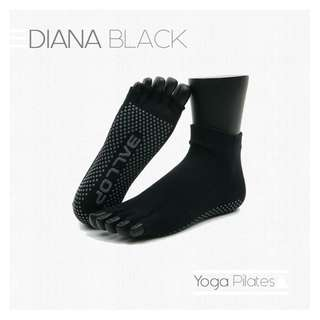 DIANA BLACK Jam Socks Yoga Pilates Kaos Kaki Hitam Ballop Indonesia