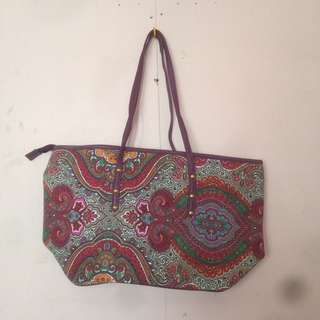 purple patterned shoulder bag